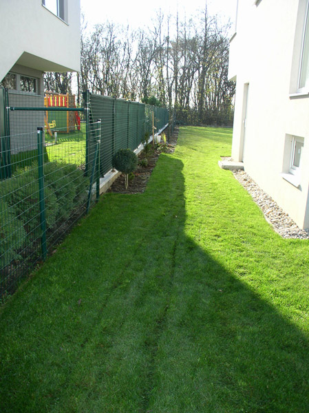 Trávniky v záhrade